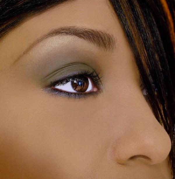 Cameo Eye